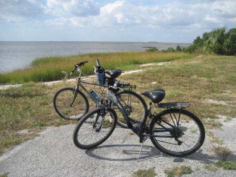 Bike Florida, Cedar Key, airport